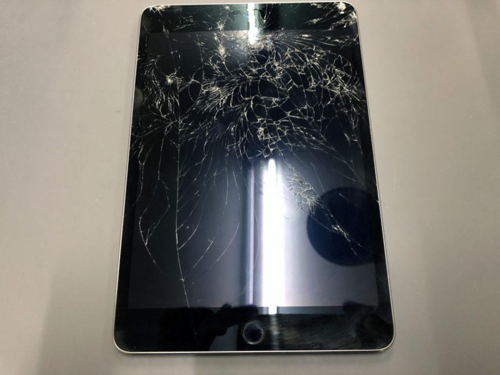 iPad mini4画面割れ
