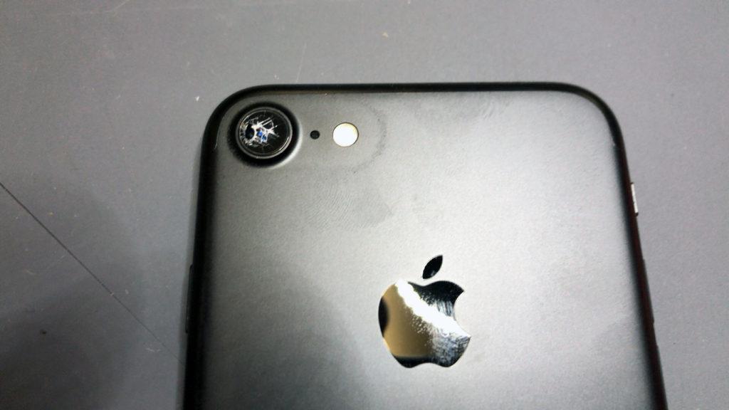 iPhone7カメラレンズ割れ